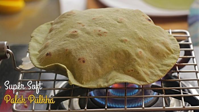 Healthy Palak Phulka | Super Soft Phulkas | How to make Soft Pulka | Whole Wheat Palak Phulka Recipe