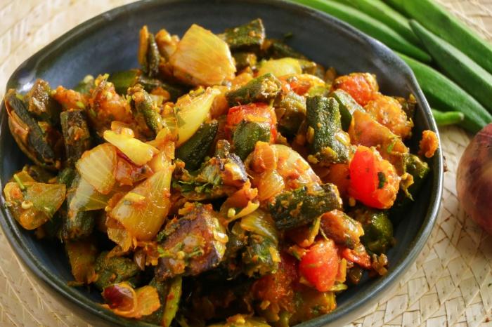 Bhindi do Pyaza | Okra Onion Curry | Easy Bhindi do Pyaza Recipe with Video