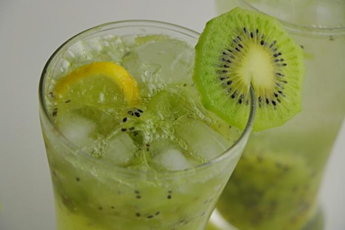 KIWI Cooler | Refreshing Kiwi Cooler Recipe | Summer Cooler | How to make Kiwi Cooler