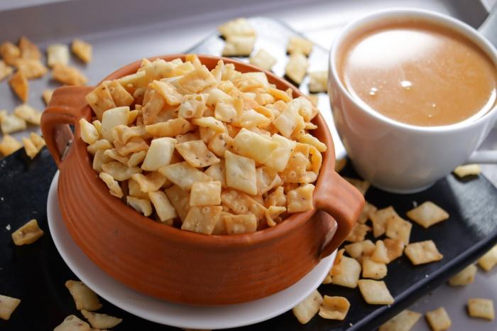 Diamond Nimki   Crispy Nimki Tea Time Snacks Recipe   Namak Pare