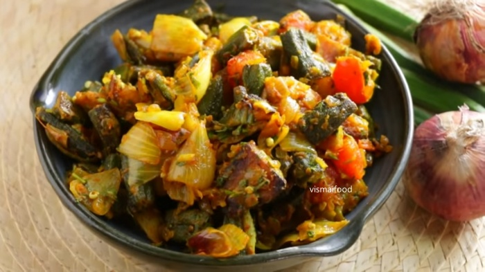 Bhindi do pyaza | Okra Onion Curry