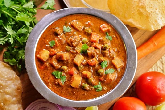Udupi Hotel Style Kurma   Hotel Style Chapati Curry   How to make Mix Veg Kurma