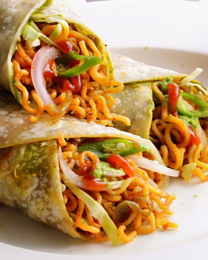 Instant Noodles Rolls | How to make Instant Noodles Rolls | Quick and Easy Street Food Recipe
