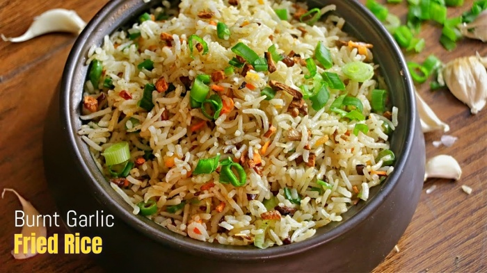 Burnt Garlic Fried Rice | Garlic Rice | How to make Burnt Garlic Rice