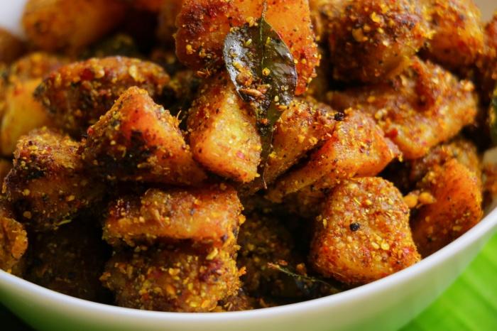 Chettinad Spicy Crispy Potato Fry Recipe | How to make Crispy Potato Fry Recipe | Aloo Fry Recipe