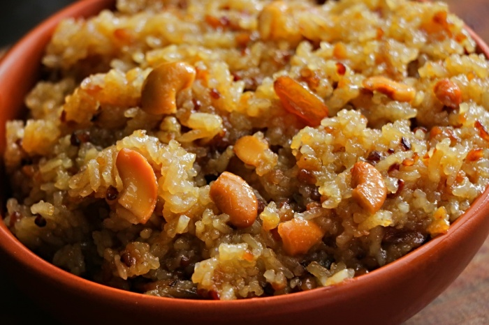 Sweet pongal recipe | Chakkara pongali | How to make Sakkarai pongal